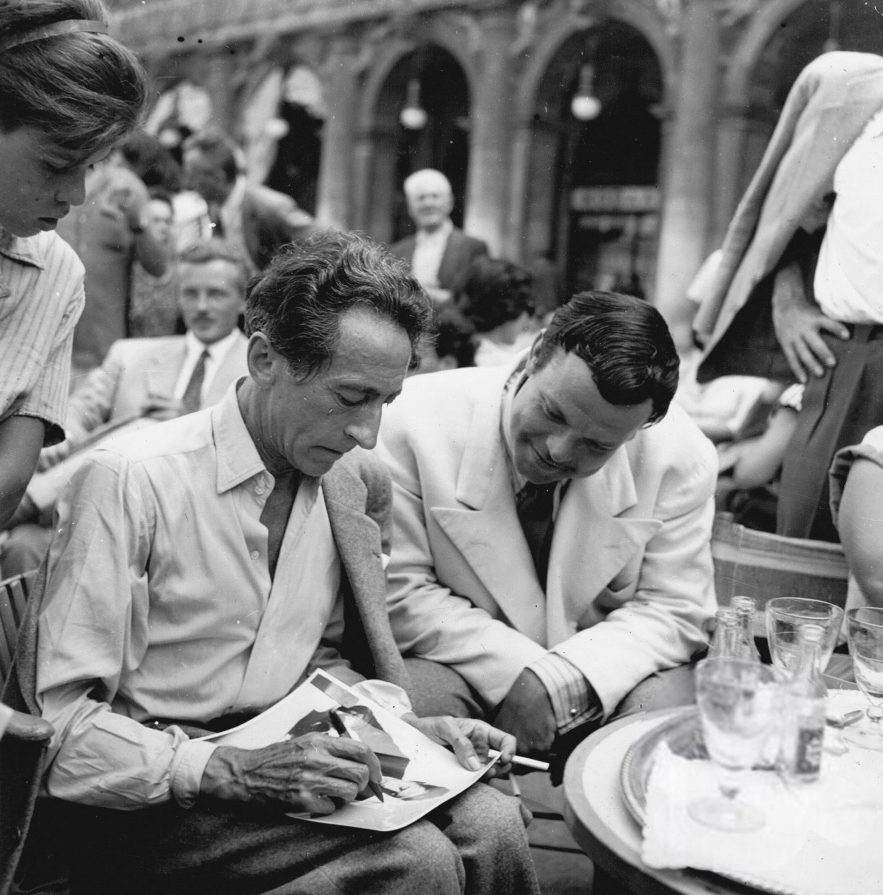 (2) Jean Cocteau en Orson Welles op het filmfestival van Venetië in 1948