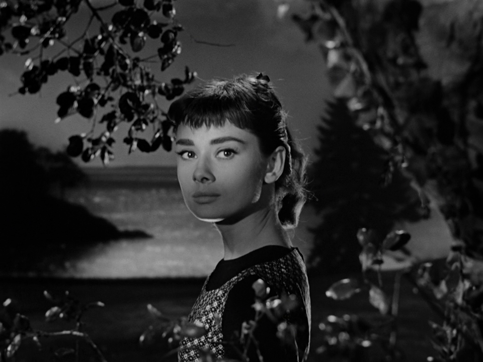 (1) Audrey Hepburn in Sabrina (Billy Wilder, 1954)